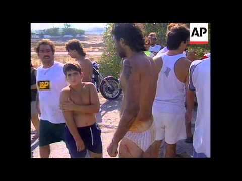 Cyprus - Greek and Turkish Cypriots clash