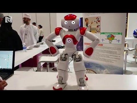 Met Nao, the dancing robot at Comex 2018!