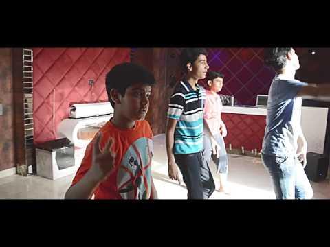 R J Choreography