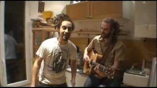 Taïro - Aime la vie (demo in the kitchen!)