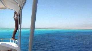Tuffo dalla barca all