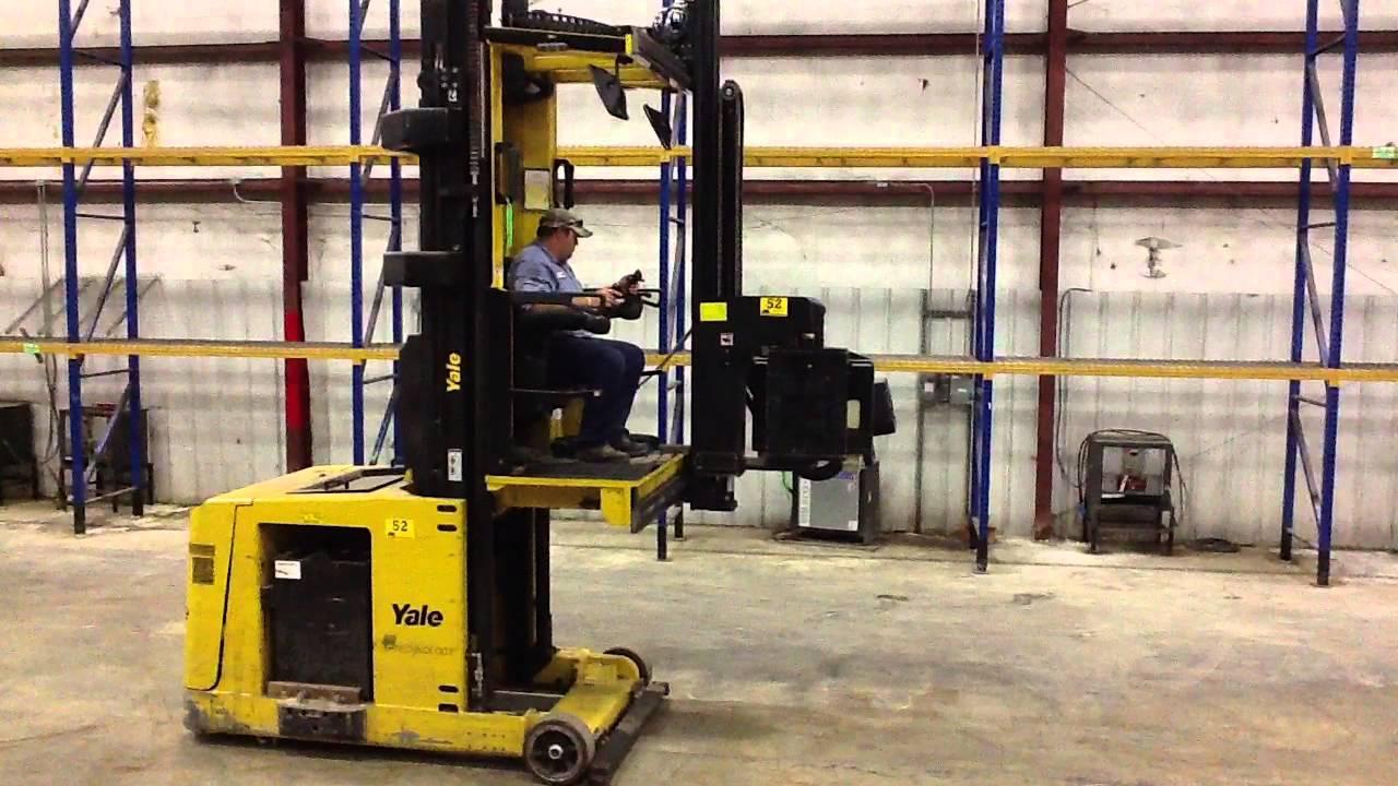 Lot 52 Yale Swing Reach Turret Truck - YouTube
