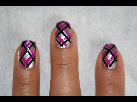 rockin' plaid nails