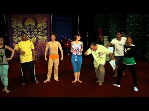 [Behind the scenes Tự Tình Quê Hương 3] - Cẩm Ly ra oai với Đan Trường