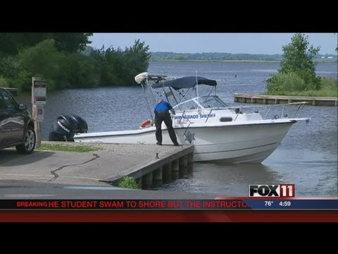 5PM TUES SEARCH FOR SKYDIVER IN LAKE BUTTE DES MORTS