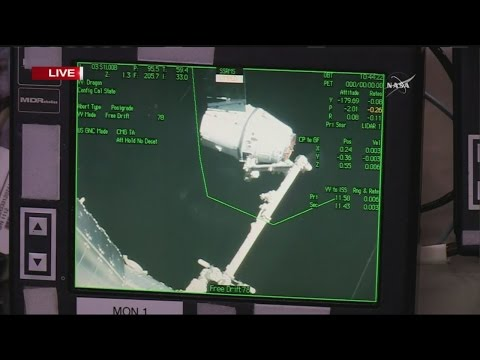 SpaceX makes good on space station delivery a day late