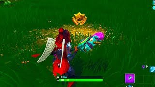 """""""Search between a Playground, Campsite, and a Footprint"""" Location (Fortnite Season 4)"""