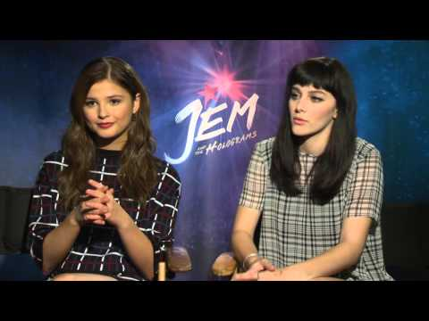 Jem and the Holograms: Aubrey Peeples & Stefanie Scott Official Movie Interview
