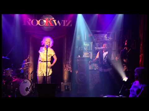 Paris Wells - Lonely (Live on RocKwiz)