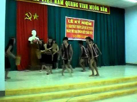 Lop 12t1 Thap Cham (Chieu len ban thuong)