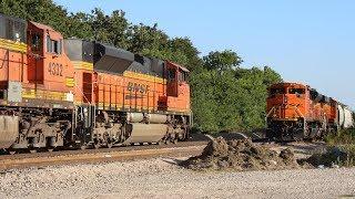 An SD70ACe meet on the BNSF Madill Sub - 7/2/18 // Trinity Rail Productions