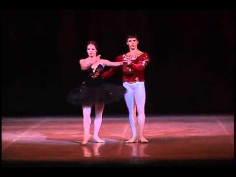 Ballet Nacional de Cuba - Swan Lake/El Lago de los Cisnes - Third Act