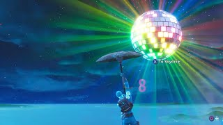 Fortnite 2019 New Years Live Event! (Giant Disco Ball + Fire Works)
