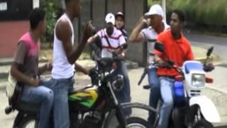 Repeat youtube video El Brujo y El Varón Pelicula Guarenera traile By xtremix