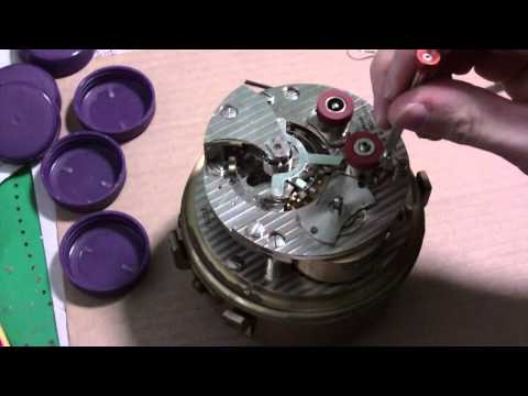 How I take apart a marine chronometer, Hamilton, Model 21, P
