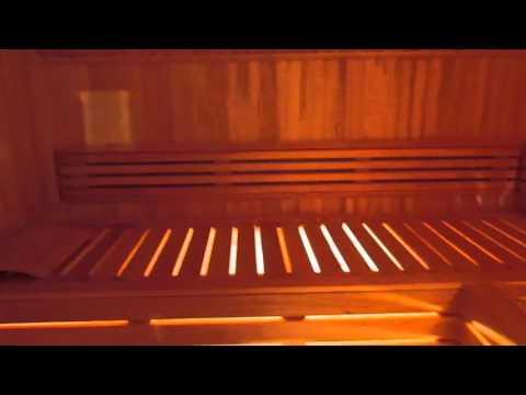 видео: Финская сауна в кладовке, с электрокаменкой sawo.