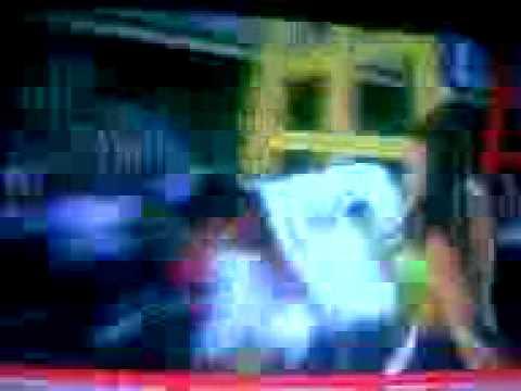 Valentina roth le pega a chapu calle 7.3gp - YouTube