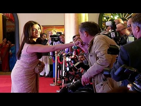 Aishwarya Rai Bachchan gets KISSED by a journalist!