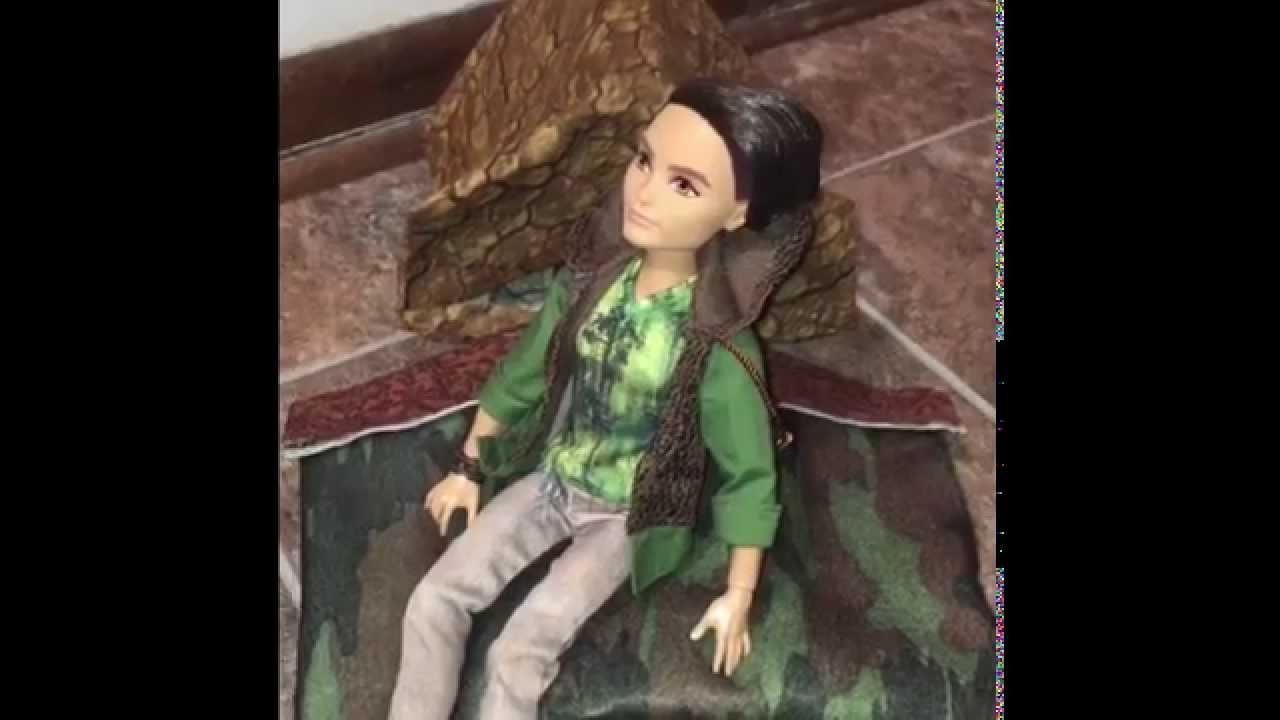 A Custom Bed For My Ever After High Hunter Huntsman Doll