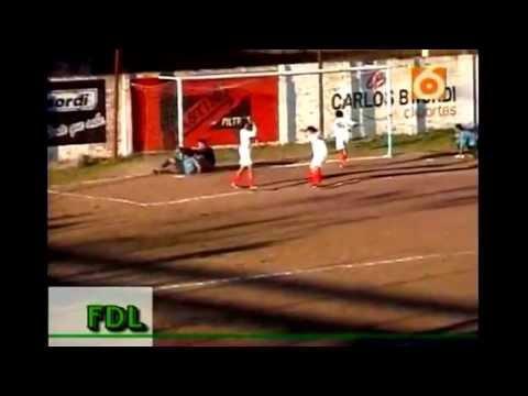Resistencia central gol de Ito a fontana