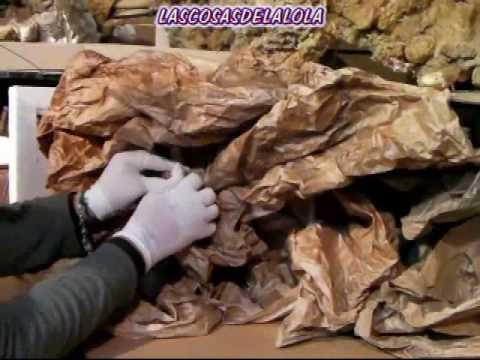 Como hacer una cueva o monta a con papel how to make a for Como decorar un belen de navidad