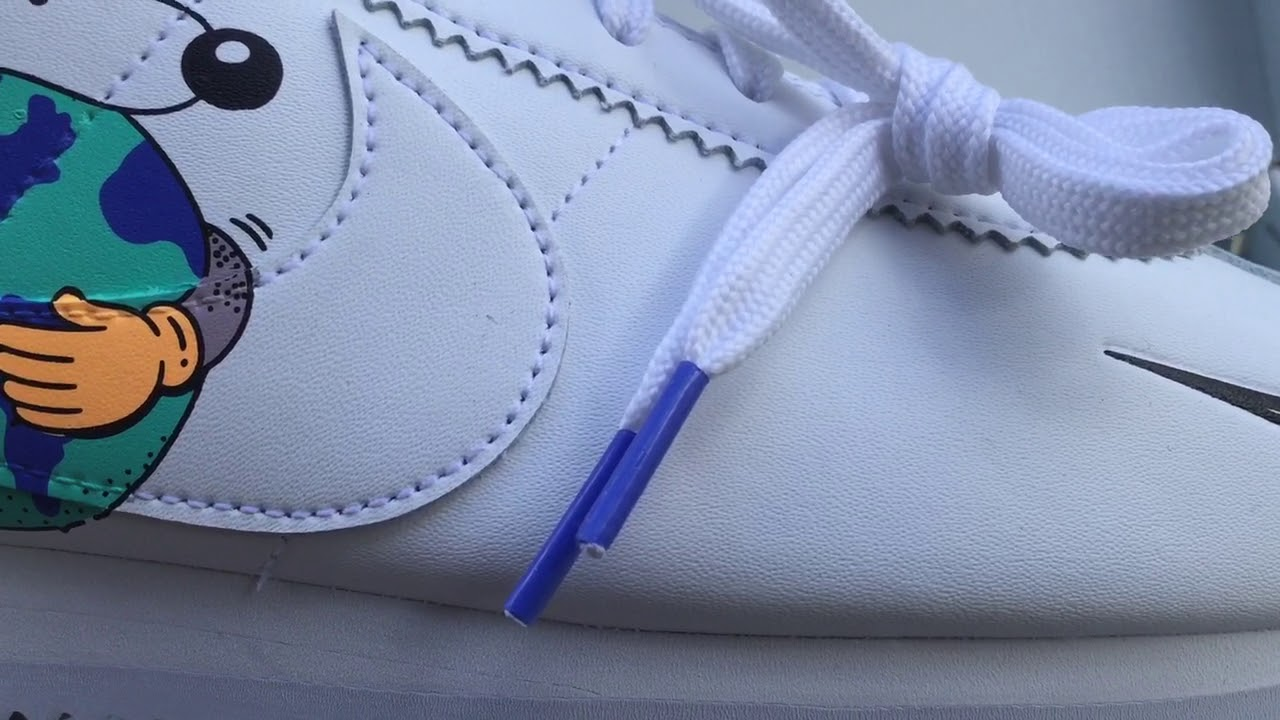 colgar este es inutil  Quick Look At The Nike Cortez Flyleather Earth Day | Buy It Now - YouTube