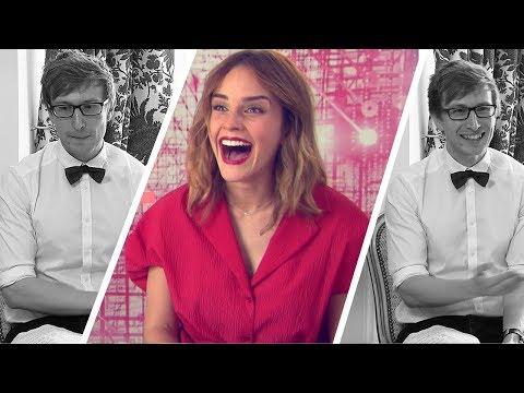 Emma Watson se moque de moi en interview (ça tourne bien) thumbnail