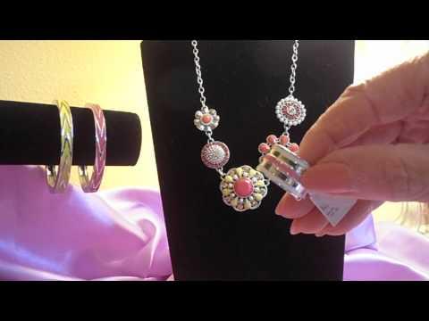 lia sophia Flower Pot necklace
