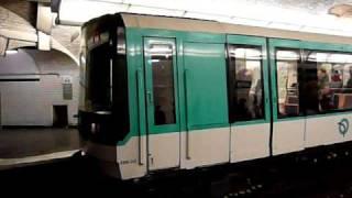 Paris Metro パリメトロ7bis号線MF88系電車Jaurès駅