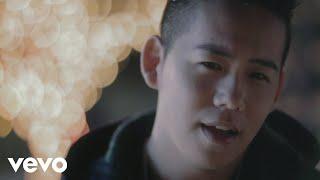 Music video by Shota Shimizu performing Fuyugaowarumaeni. (C) 2011 ...