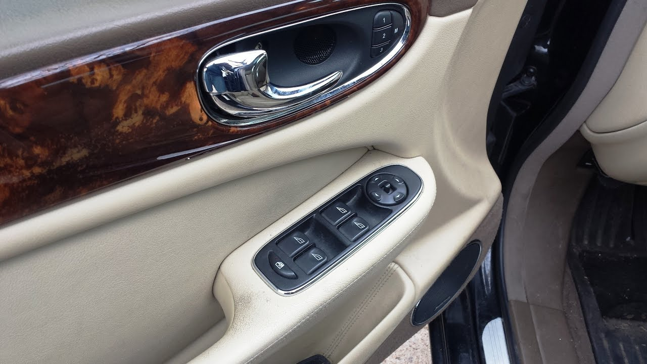 remove jaguar front master window switch 2005 xj8 [ 1280 x 720 Pixel ]