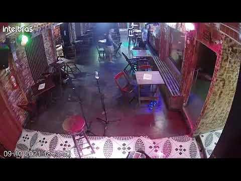 Por achar que foi roubado, Bombeiro Militar, entra em bar e atira