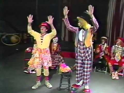 Ringling Bros Presents - How To Be A Clown!