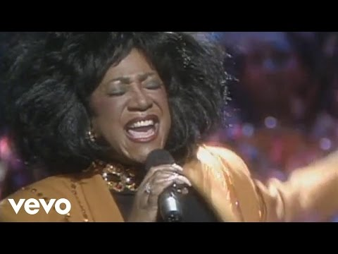 Patti LaBelle - Somewhere Over the Rainbow (Official Music V