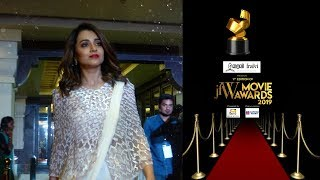 Trisha talks about Ajith, Vijay at the Red Carpet of JFW Movie Awards 2019| Unseen Video