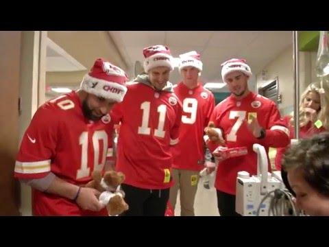 Kansas City Chiefs Spread Holiday Cheer at The University of Kansas Hosptial