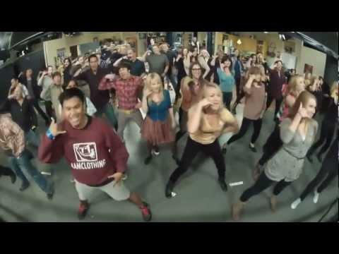 The Big Bang Theory Flash mob! (Full version compilation)