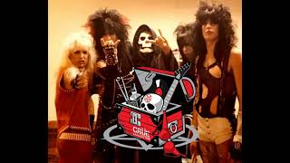 Motley Crue perform Red Hot Live New Years Evil 1982 [Audio clip]