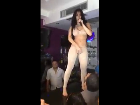 girl dancing on the bar thumbnail