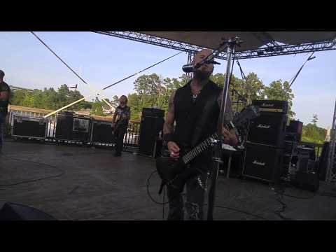 Drowning pool one finger and a fist live myrtle be