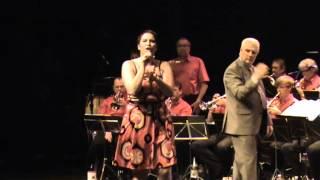Wendy Gillisjans en VVZ-Band Nieuwenrode - Dag Vreemde Man