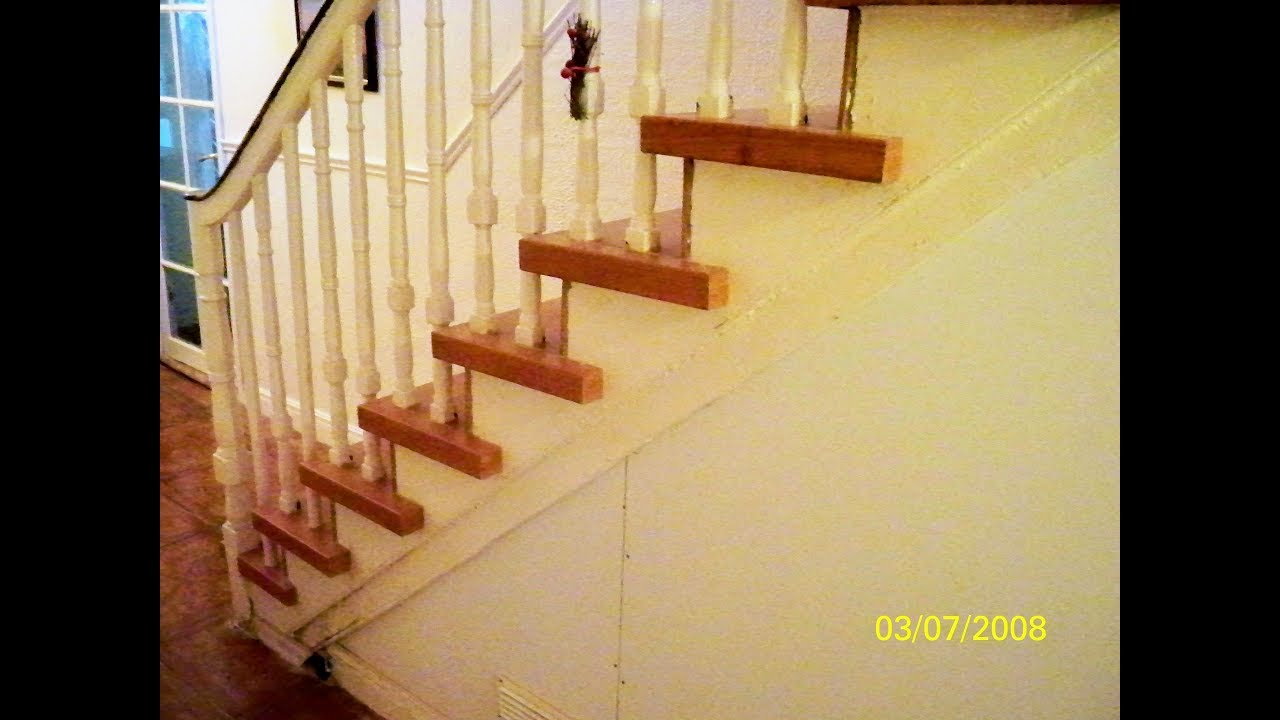 STAIR MAKE OVER ,INSTALLING LAMINATE FLOORING ON STAIRS,LAMINATE STAIRS