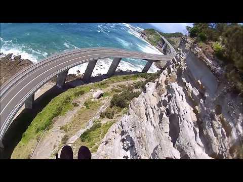 Paragliding Clifton sea bridge Close inspection