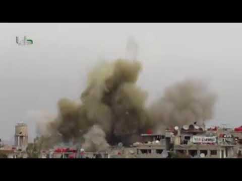 Bombardeio na Síria Cenas Fortes