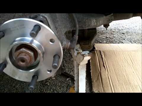 REAR HUB BEARING REPLACEMENT - C4 CORVETTE