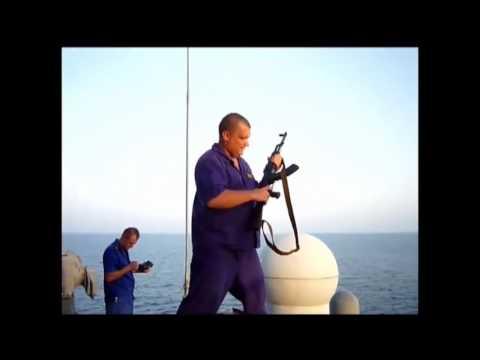 让人同情的索马里海盗只因为碰上了俄罗斯海军,战斗民族太凶悍了