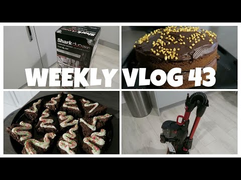 weekly-vlog-43---a-new-vacuum-&-more-baking