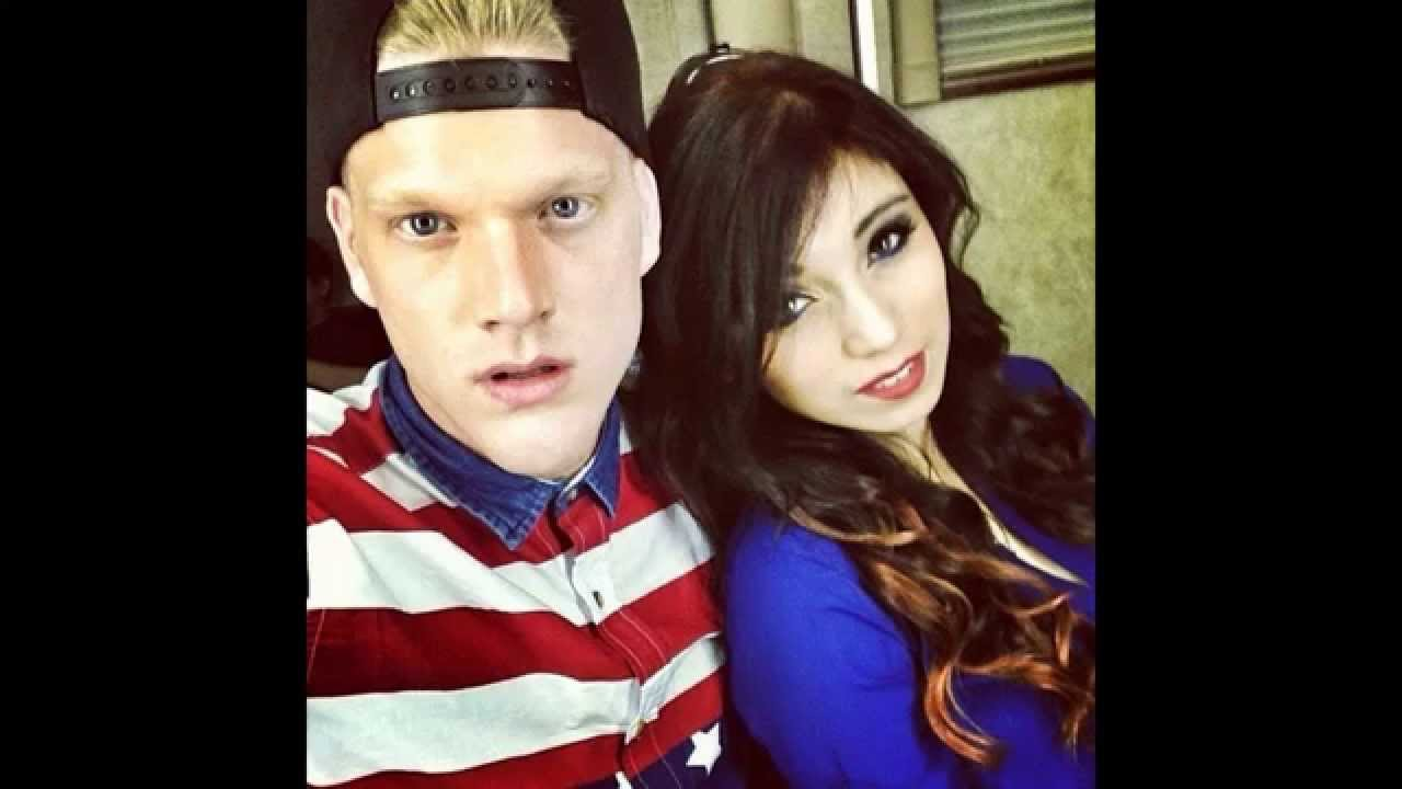 Pentatonix members dating in Melbourne