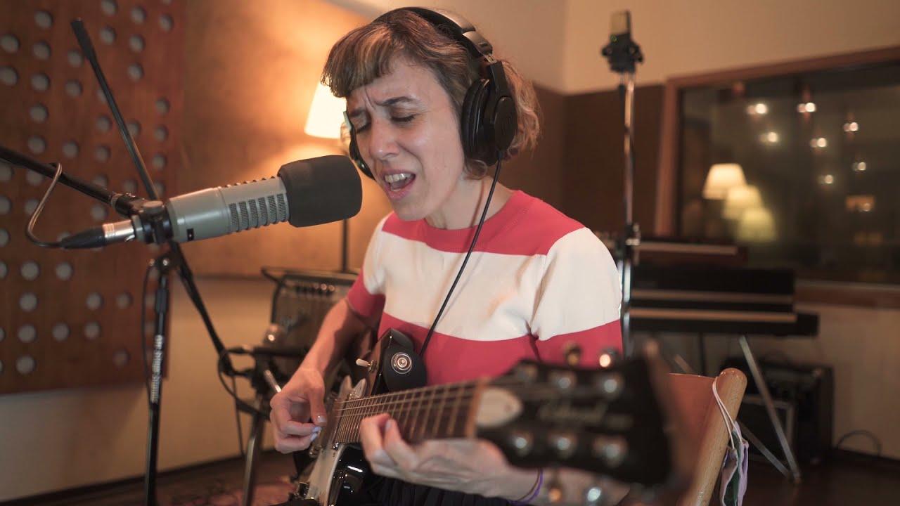 María Ezquiaga en Spector Studios
