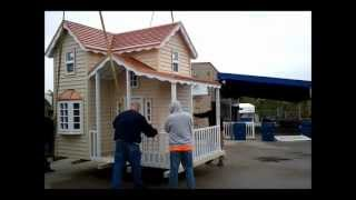 Built By Pros Playhouse 0412.wmv